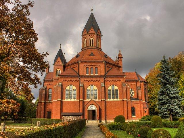 Kościół Parafialny pw. Najświętszego Serca Pana Jezusa w Nakle Śląskim